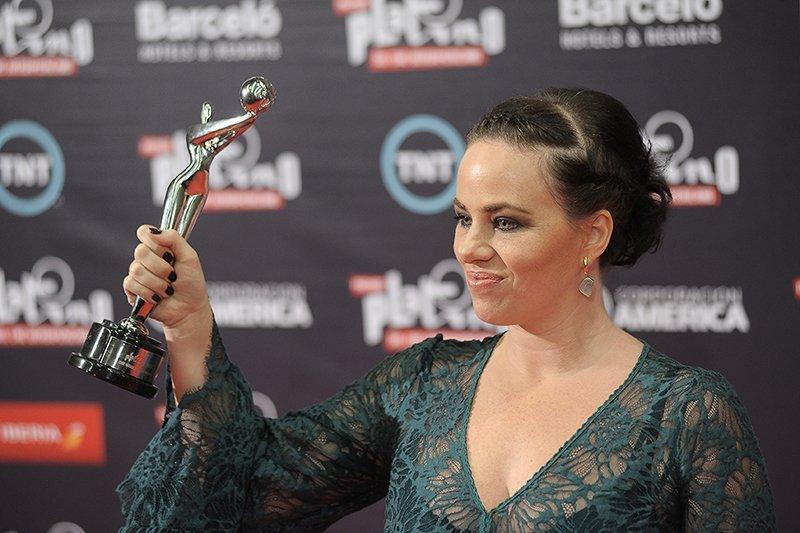 Karine Teles Premios Platino Joyas Sarah Kosta Blog