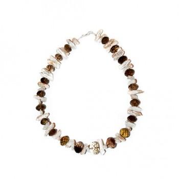 Collar realizado en plata 950 con perlas y cuarzo fume