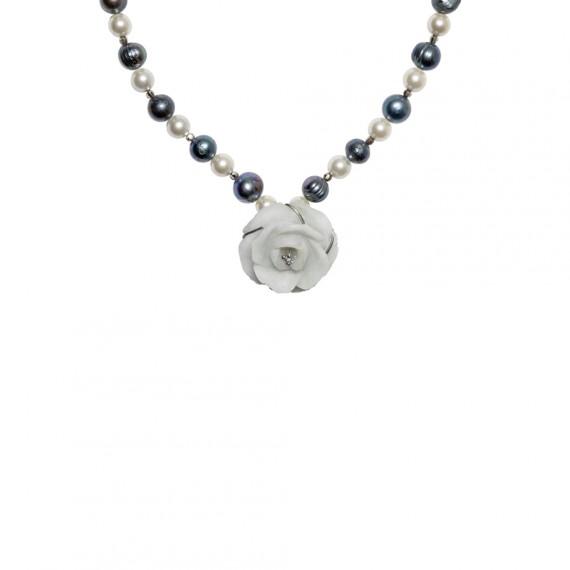 Sarah Kosta collar de plata 950 con flor de jade y perlas - COPLPE1137_a