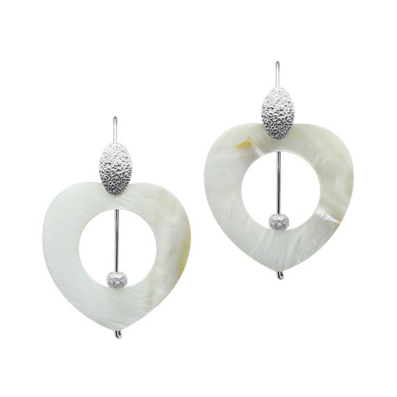 sarah-kosta-joyas-caravanas-en-plata-950-con-perlas-diamantadas-y-corazones-de-madreperla-caplmp1304_a