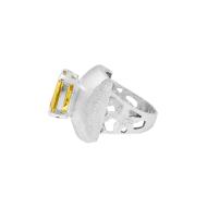 sarah-kosta-joyas-anillo-en-plata-950-con-citrino-facetado-y-banda-calada-anplci1410_c