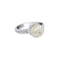 Sarah-Kosta-Joyas-Anillo-en-plata-950-con-perla-blanca-y-cinta-texturada-ANPLPE1412_d