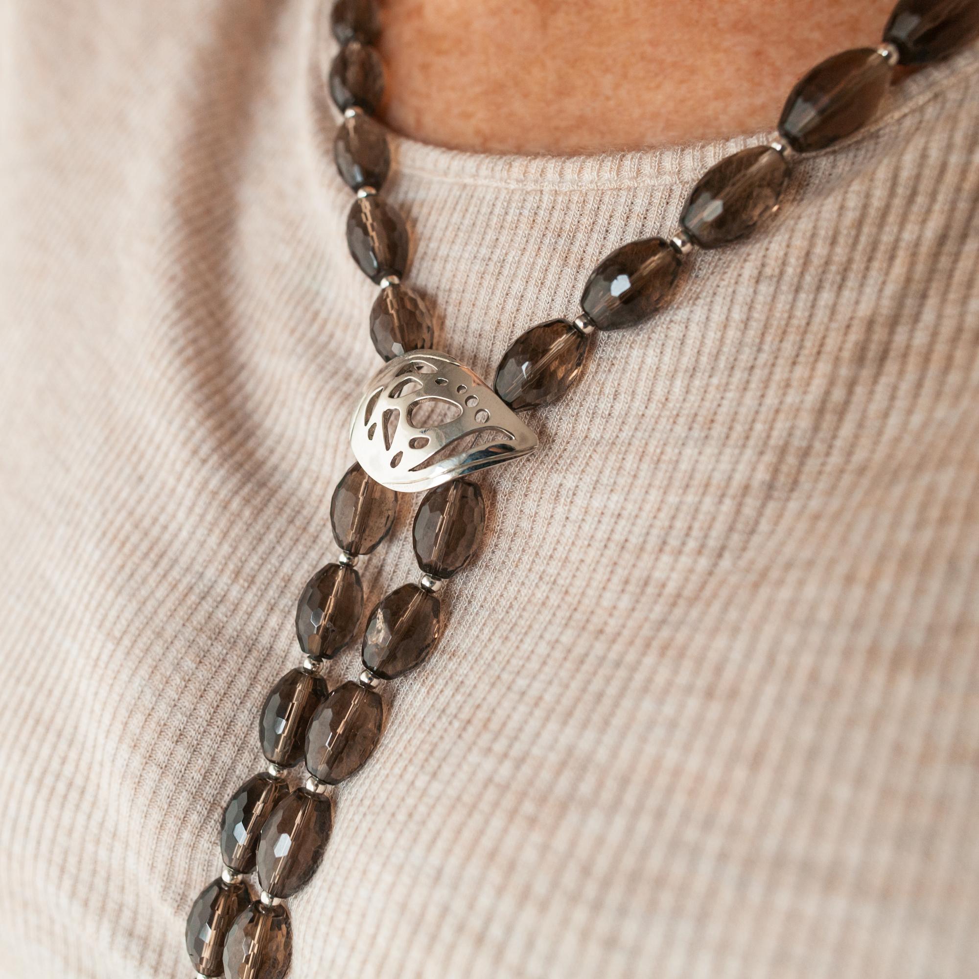 32d0a78d3970 Collar Largo de Dos Hilos de Cuarzo Fumé - Sarah Kosta